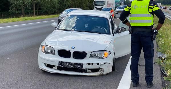 Na twee trucks nu een ongeluk met een auto: opnieuw forse file op A1 bij Deventer.