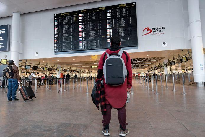 Le hall des départs à l'aéroport de Zaventem, le 2 janvier 2021.