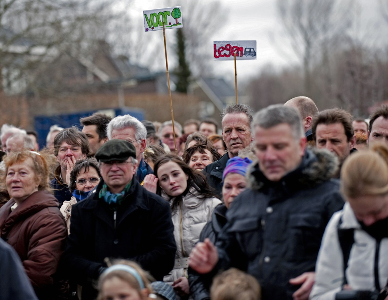 Omwonenden van de toekomstige snelweg A13/16 liepen eerder al te hoop tegen de afbraak van hun woongenot die zij vrezen