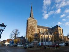 Klok terug op toren van Bovenkerk in Kampen