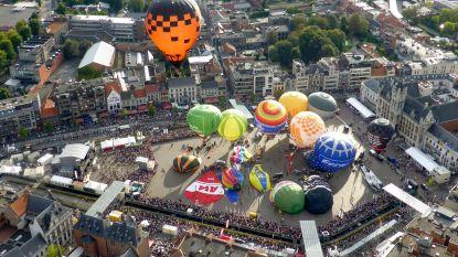 Drie dagen Vredefeesten en Villa Pace in Sint-Niklase stadscentrum