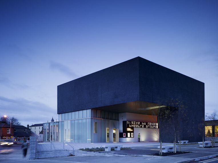 Het Solstice Arts Centre in het Ierse Navan, een ontwerp van Grafton Architects (2006). Oprichters Yvonne Farrell en Shelley McNamara winnen dit jaar de Pritzker-oeuvreprijs voor hun werk. Beeld Universal Images Group via Getty