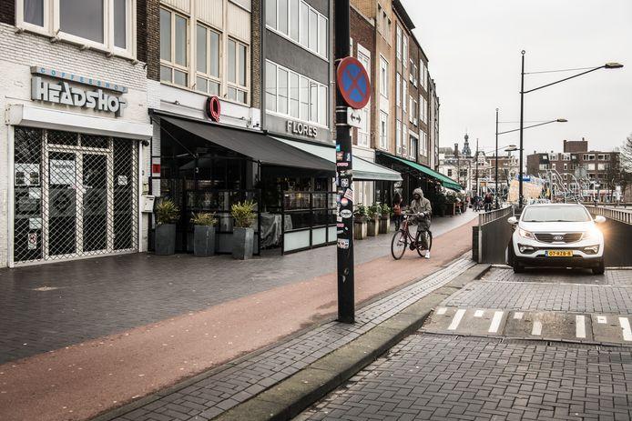 Coffeeshop Headshop is op last van burgemeester Bruls per direct gesloten.