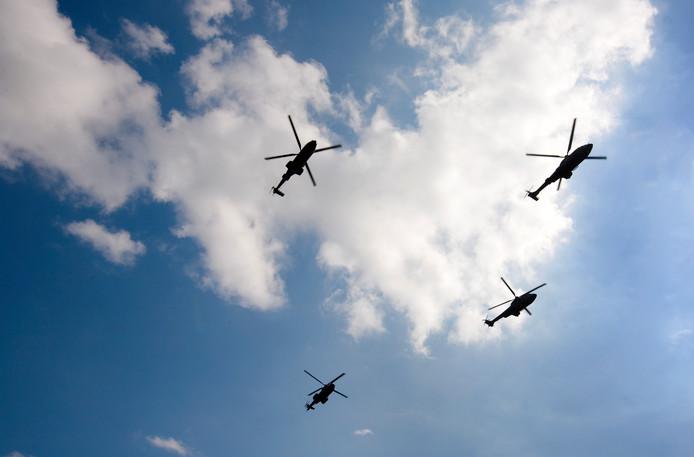 Helikopters boven Gilze-Rijen.