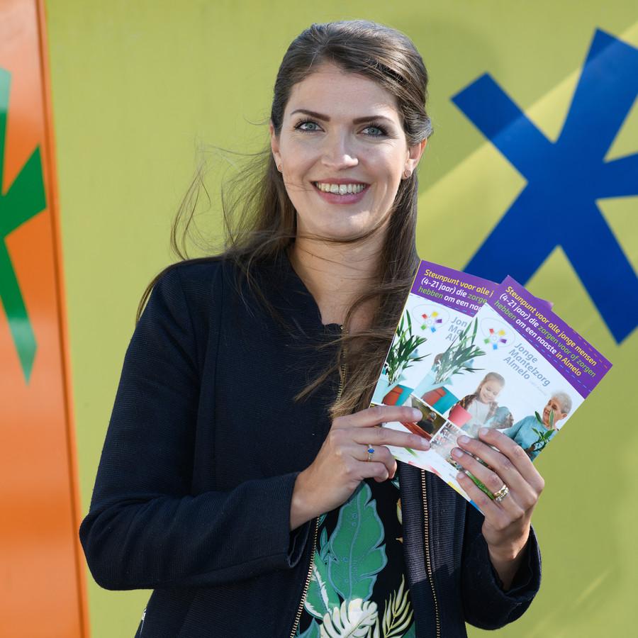 Michelle Aslan, consulent jonge mantelzorgers bij Mantelzorg Almelo.
