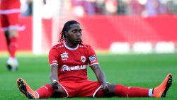 LIVE. Club ontsnapt een tweede keer: Mbokani lobt tegen de lat na foutje Rits