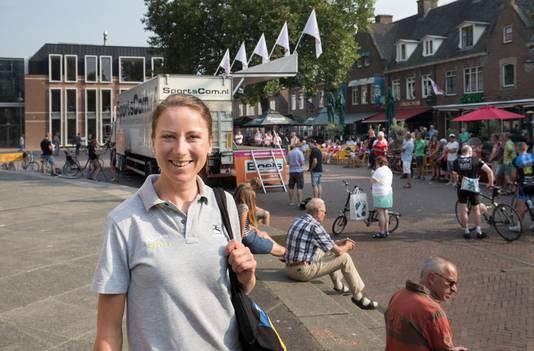 Wereldkampioene Annemiek van Vleuten uit Wageningen doet mee aan Veenendaal-Veenendaal
