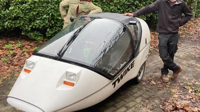 """Maak kennis met de 'Twike', een elektrische wagen met trappers, die binnenkort te huur is via Gents autodeelsysteem: """"Ideaal voor een weekendje weg"""""""