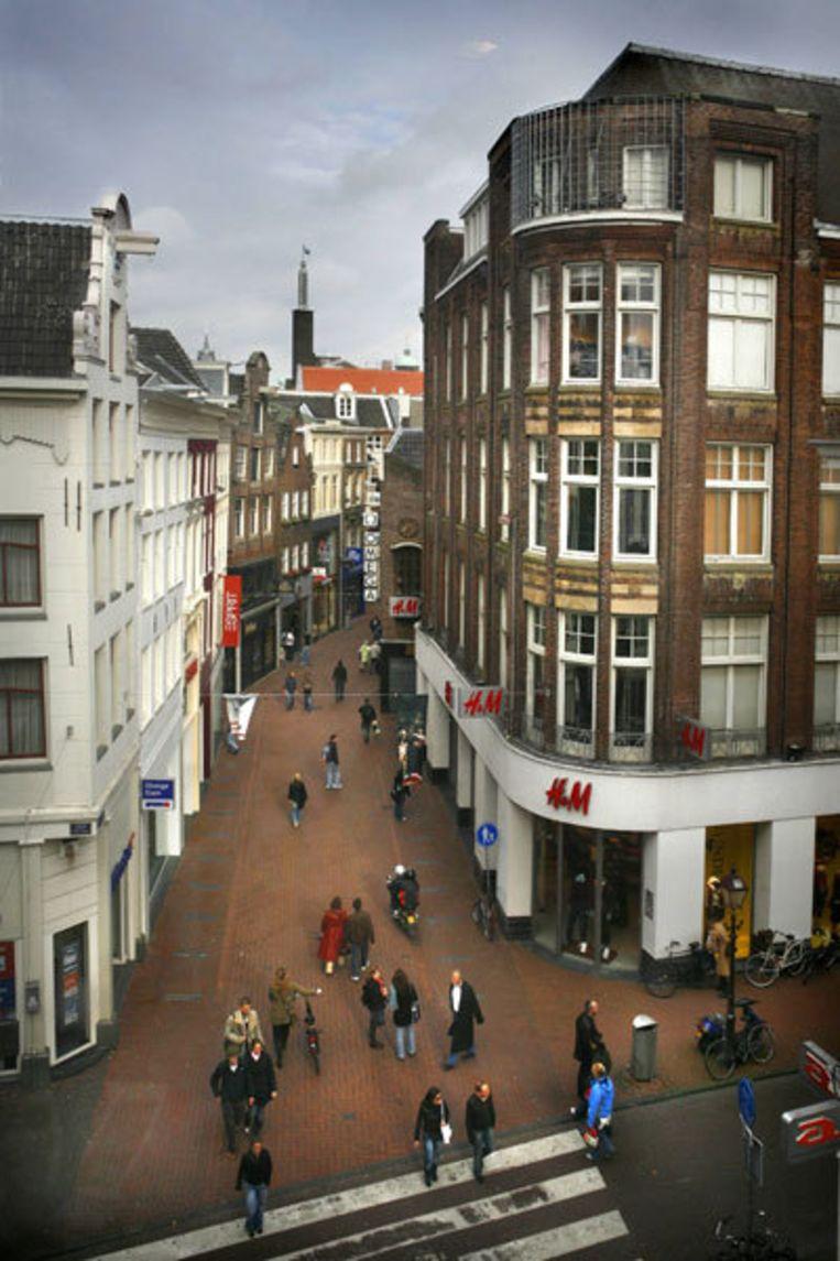 De groeiende vraag naar winkelruimte vanuit de grote internationale ketens drijft de huurprijzen op. Foto Floris Lok Beeld