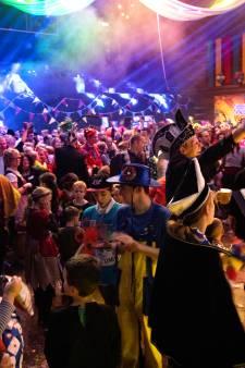 Peelstrekels zetten pijlsnel VoorNOPtocht-bal in Deurne op