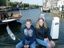 Sven en Fenna zwemmen City Swim voor hun vader die vorig jaar stierf na zijn deelname