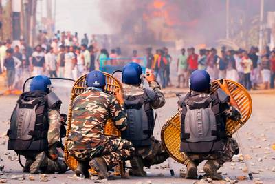 Gewelddadige protesten tegen 'onrechtvaardige Indiase wet' houden aan