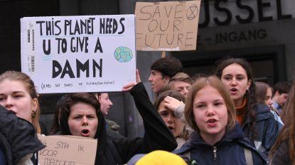 200 klimaatspijbelaars trekken weer door Brusselse straten