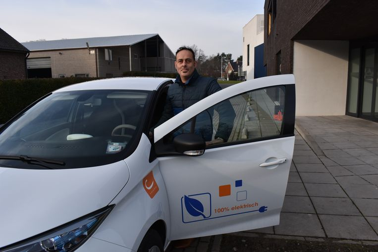 Benjamin Jacobs maakte dit weekend een eerste keer gebruik van de elektrische deelwagen.
