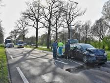 Twee gewonden bij botsing op N65 bij Oisterwijk