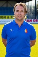 Arvid Smit als assistent-trainer bij Telstar.