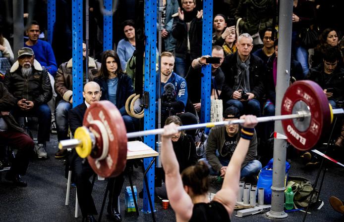 Publiek tijdens het NK Gewichtheffen.