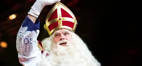 Feestelijke en muzikale intocht van Sinterklaas in Utrecht is begonnen