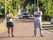 Bewoners aan Kapperallee in Eefde zijn onveiligheid van hun straat helemaal zat: 'Het is wachten op de eerste dode'