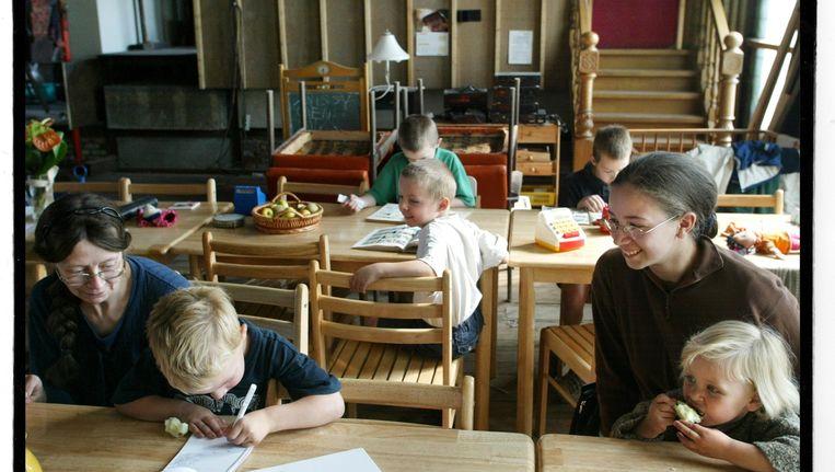 Thuisonderwijs in een gezin van 15 kinderen Sint- Niklaas