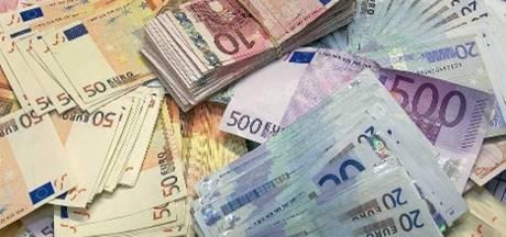 Gemeenten investeren in sociaal beleid in plaats van te bezuinigen, Wijchen gaat geld lenen