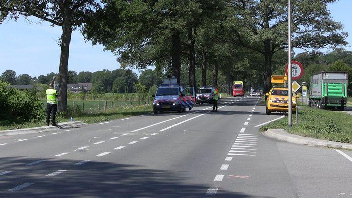Hulpdiensten in Winterswijk na het ongeluk.