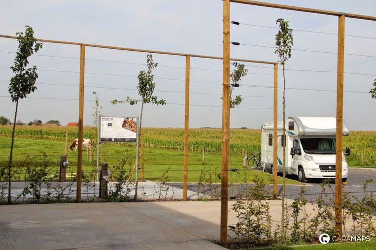 Dit mooi verzorgde camperlogies van Patrick en Kevin in het landelijke Wingene in West-Vlaanderen werd vorig jaar door kampeerders bekroond tot het beste van België
