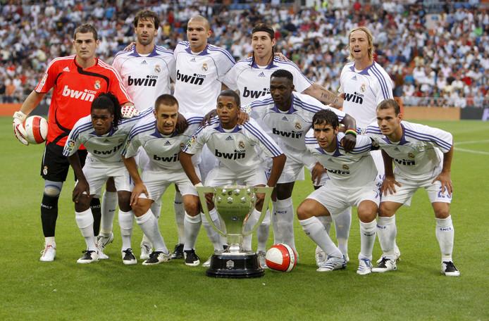 De basiself van Real Madrid voor de derby tegen Atlético Madrid in 2007.