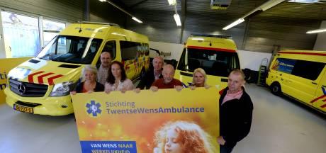 Help de Twentse Wens Ambulance in Hengelo met 375 euro