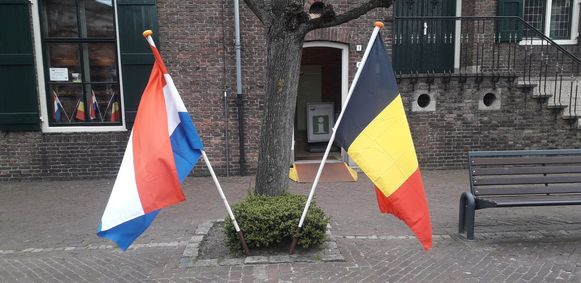Burgemeester Frans De Bont was de eerste om voor grenscontroles te pleiten.