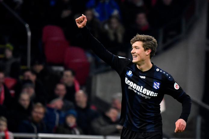 Sam Lammers is blij met zijn treffers tegen Ajax.