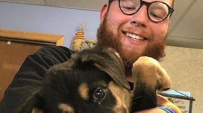 Ryan had een miljoen (!) retweets nodig voor hij asielhondje mocht adopteren en wordt omvergeblazen door de kracht van het internet