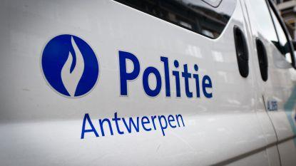 Politie onderzoekt verdacht overlijden in Deurne: man (59) dood aangetroffen in woning