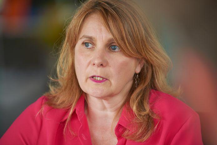 Burgemeester Marieke Moorman tijdens een interview over het rapport over de opvang van Abdallah A..