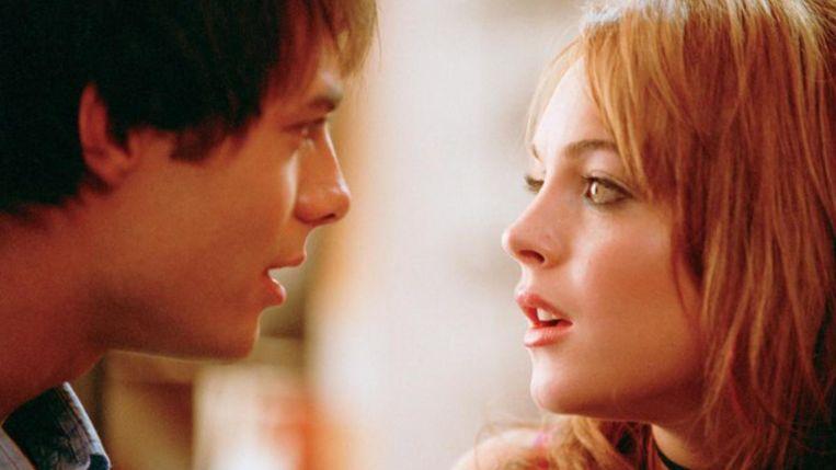 Jonathan Bennett en Lindsay Lohan in 'Mean Girls' (Mark Waters, 2004). Beeld