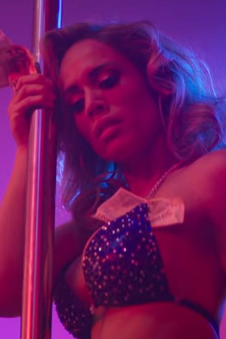 'Stripper' Nienke Plas scoort met clip bij eerste single