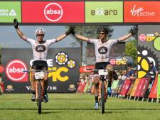 Arnhemmer Maarten Tjallingii eindigt als derde bij mountainbike wedstrijd Cape Epic in Zuid-Afrika