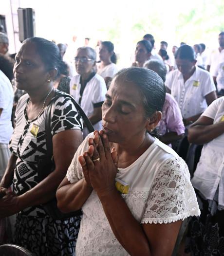 Sri Lanka houdt minuten stilte na aanslagen