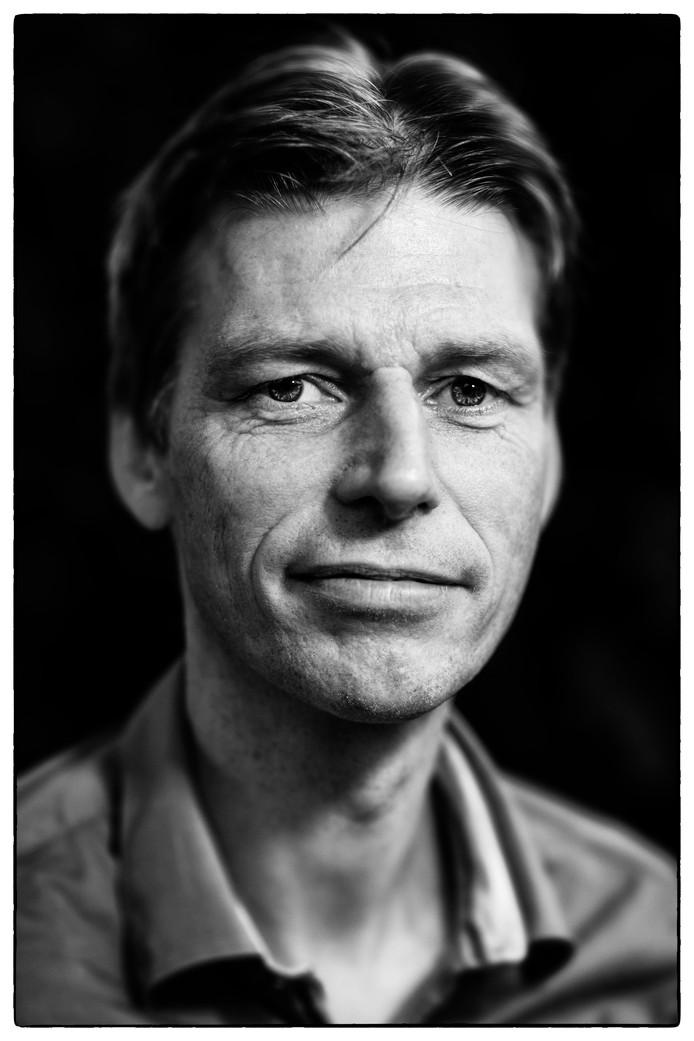 Dr. Karel Martens