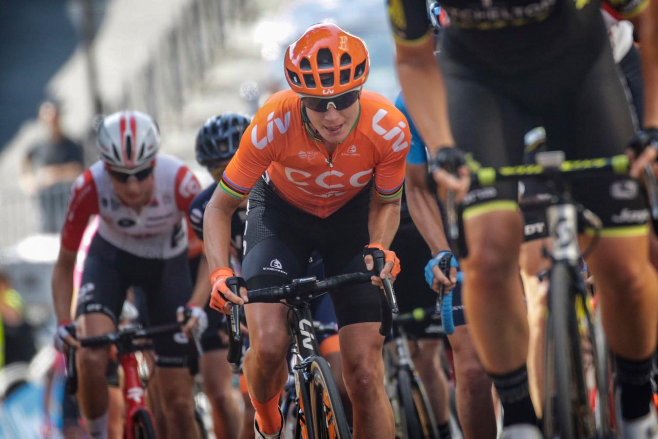 Marianne Vos zet aan tijdens La Course.