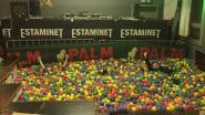 Jeugdhuis 't Scharnier laat 18.000 ballen leveren voor 'galaballenbadfuif'