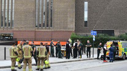 """Jongetje (6) dat van tiende verdieping Tate Modern werd geduwd, kan nog niet praten of bewegen. Maar """"hij lacht weer"""""""