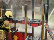 Fonkelnieuw speeltoestel in Uden al na paar uur in brand gestoken