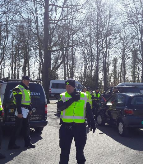 Half miljoen belastingschuld, 30 boetes, en 13 auto's van de weg in Rhenen