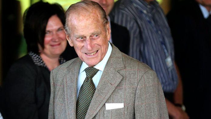De Britse prins Philip lag in het ziekenhuis met een blaasontsteking.