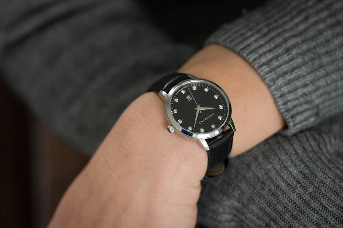 The Dauphine Diamond Black.