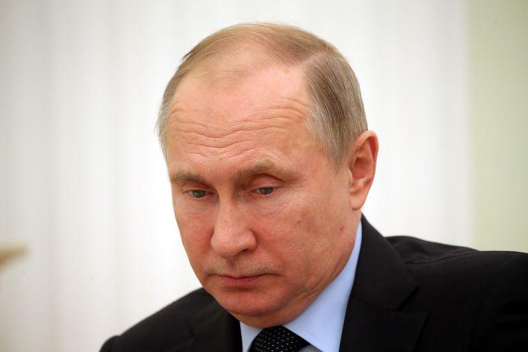 Vladimir Poetin, hier op 12 februari tijdens een ontmoeting met de Palestijnse president Mahmoud Abbas in het Kremlin in Moskou.