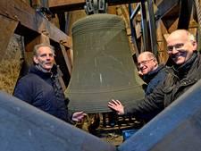 Denekampse Beierclub wil mechanisch uurwerk terug in Nicolaastoren