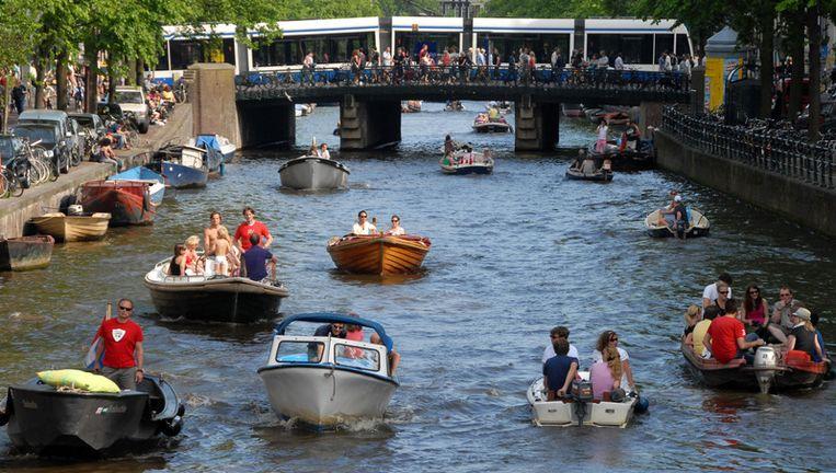 Bootjes op het water in Amsterdam. Archieffoto ANP Beeld
