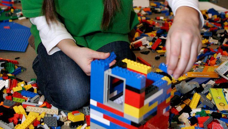 Spelen met Lego is al tientallen jaren populair bij kinderen. Beeld Hollandse Hoogte / Stijn Rademak
